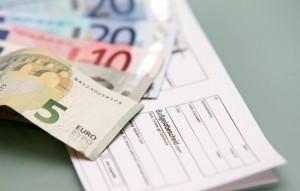 Der Bußgeldbescheid aus dem Ausland fällt niedriger aus, wenn Sie zügig bezahlen.