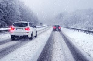 Auch für Winterreifen gilt der Geschwindigkeitsindex.