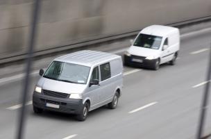Für die Ladungssicherung beim Kleintransporter eignet sich die formschlüssige Ladungssicherung.