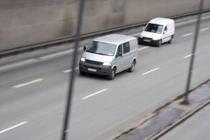 Rechtsfahrgebot: Auf der Autobahn gilt für das Gebot eine Ausnahme.