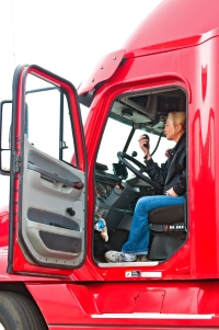Beim Lkw-Fahrverbot dürfen die Laster nicht weiterfahren.