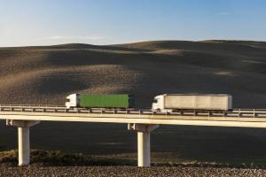Die für Lkw zulässige Geschwindigkeit ist in der StVO festgelegt.