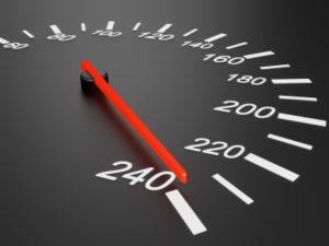 Eine Geschwindigkeitskontrolle kann mit Laser durchgeführt werden.