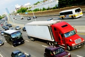 In Deutschland gilt die Maut nur für Lkw.
