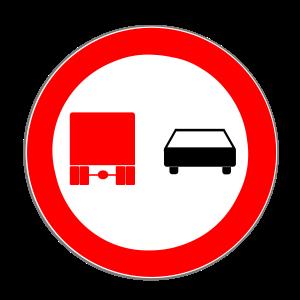 Das Überholverbot für Lkw wird durch Zeichen 277 gekennzeichnet.