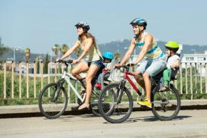 Das Fahrrad, mit welchem Sie Kinder befördern, sollte verkehrssicher sein.
