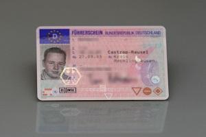 Die FeV regelt alle Vorschriften zur Fahrerlaubnis und zum Führerschein.