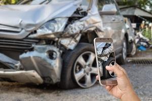 Können Sie sich einen an Ihrem Auto verursachten Schaden auch auszahlen lassen?