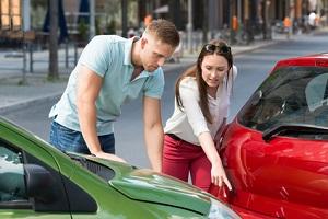 In einem Unfallbericht können Sie alles wichtige zum Zusammenstoß eintragen.