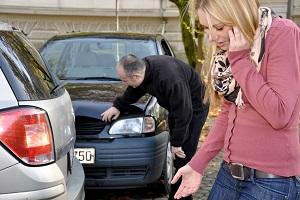 Am Unfall sind beide Schuld? Welche Versicherung zahlt den Schaden?