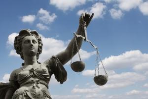 Eine Straftat ist eine Ordnungswidrigkeit nicht - teuer kann es trotzdem werden.