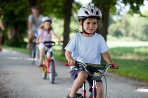 Die Straßenverkehsordnung gilt beim Fahrrad ebenso wie beim Auto.