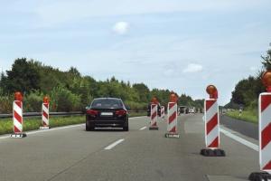 Werden Sie auf der Autobahn in einer Baustelle geblitzt, gelten zusätzliche Regelungen.