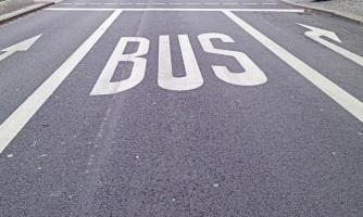 Auch mit dem Bus sind allgemeine Regeln gemäß der StVO zu befolgen.