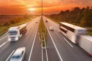 Eine Höchstgeschwindigkeit für die Autobahn ist in der StVO definiert.