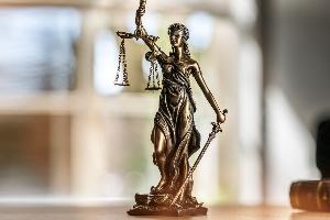 Postlaufzeiten: Ob Gericht oder Bußgeldstelle, pauschale Angaben sind nicht möglich.