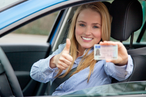 Die Probezeit bzw. der Führerschein auf Probe beginnt, sobald ein Fahranfänger seine erste Fahrerlaubnis erwirbt.